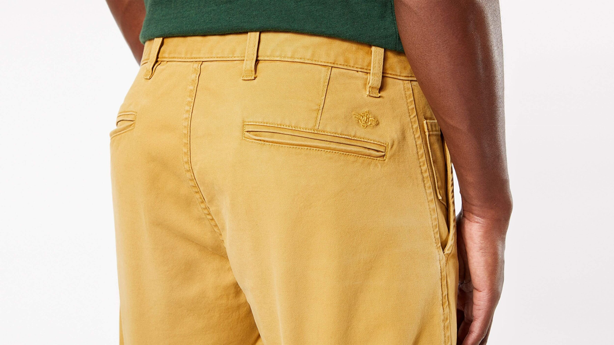 Waterless® Sustainable Alpha Khaki, Tapered Fit