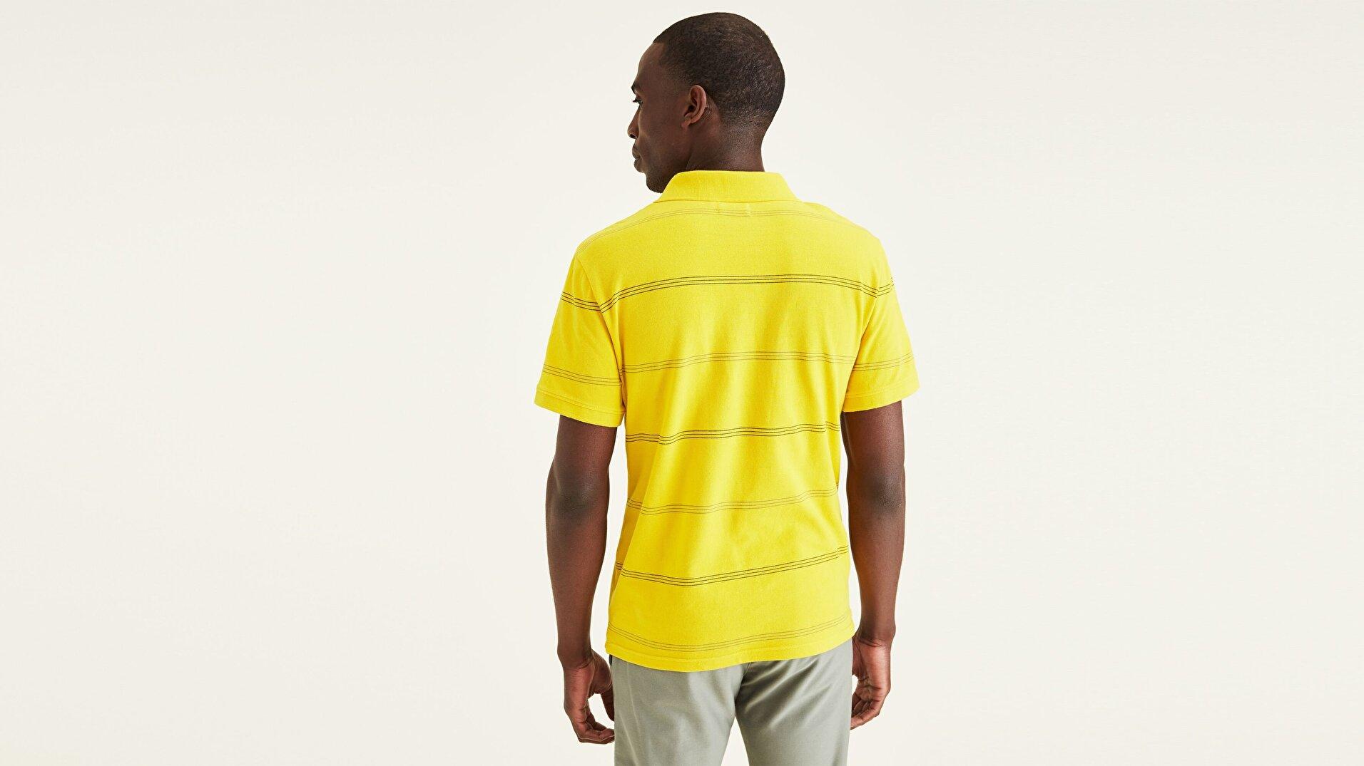 Çizgi Yaka Polo Tişört